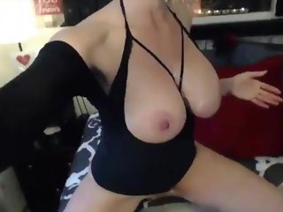 Sexy mommy domme Ami with amazing body and huge tits