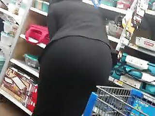 Thick Ass Bubble Butt Cougar Milf in Tight Black Skirt Pt 2