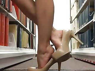 library feet