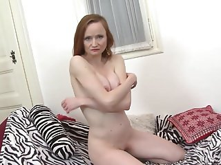 Gorgeous mature mom professional cock hunter