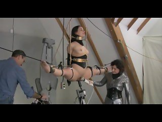 Extreme bondage on air