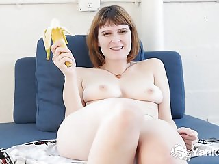 Yanks Vixen Sosha Belle Fucking A Banana