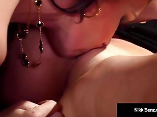 Penthouse Pet Nikki Benz & Jessica Jaymes Have A Muff Dive!