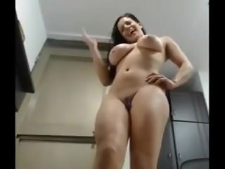 Big Tit milf squirt like crazy on milfroulette xyz