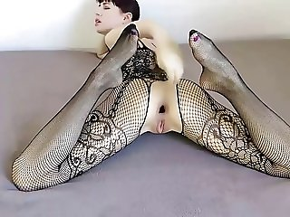 SELF ANALFISTING FISHNET