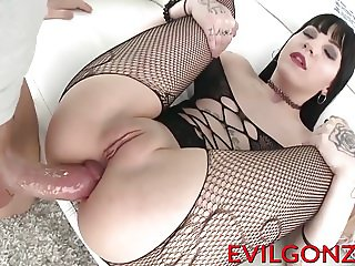 Nasty babe loves having her tight butt hole destroyed hard