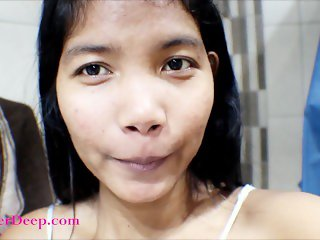 14 week pregnant thai teen heather deep solo in the bathtub finger fuck and
