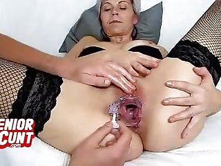 MILF cunt wide open feat. amateur MILF Beate