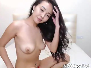 Horny Korean Teen Webcam Show Orgasming