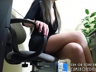 Young Secretary Enjoyed By The Boss