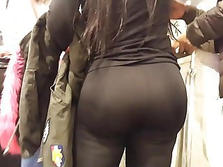 big butts bubble ass girl in spandex tights