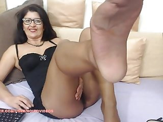WM 523 Mature shiny suntan Pantyhose Legs & Feet