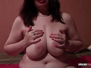 Big booty mature fingers her love tunnel