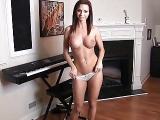 My Girlfriend's Mom - Girl4Fuck Com