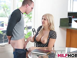Hot Ma Plays With Stepdaughters ExBf