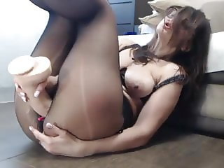 Pantyhose squirt