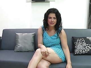 Montse wants Jotade's big dick in her wet pussy