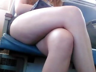 AMATEUR THICK THIGHS VOYEURED ON TRAIN