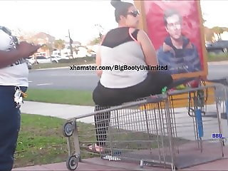 PAWG Ass Spread On Overturned Shopping Kart