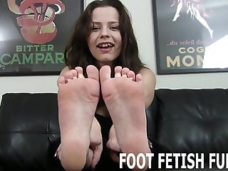 I know how to make foot freaks like you go wild