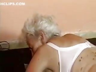 Old Granny fucked by machine
