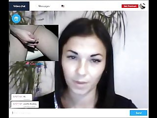 flashing some hot girls on webcam