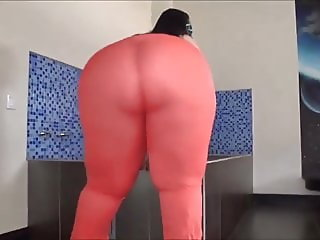 Giant BBW latin ass gets fuck