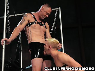ClubInfernoDungeon Amateur Extreme Fetish Daddy Gets Fisted