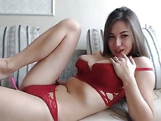 Gorgeous and sizzling hot finger her pussy live