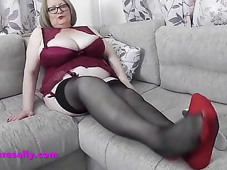 Stacked Granny in seamed stockings