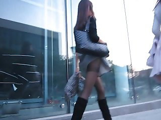 candid lady in pantyhose & boots