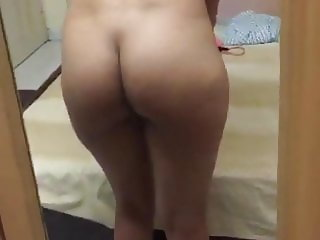 Desi Gf goes nude