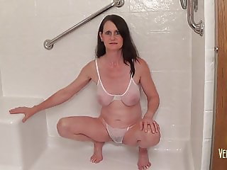 Pissing Fun with Laura 06