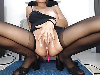 great legs in stockings and wet pussy