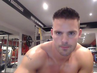 Straight Muscle Webcam