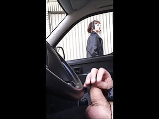Dick flashing in car 19- she looks