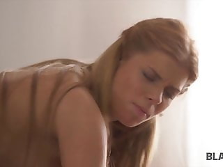 Sex-hungry girl Chrissy invites older paramour with BBC