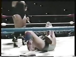 MONSTER RIPPER VS SUSAN GREEN - 1990