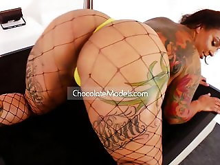 Sugar Jones, Pawg Ms Berry, Tiffany Days & More Big Asses