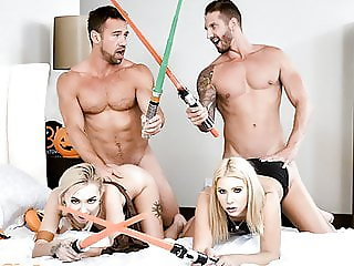 DaughterSwap - Hot Babes Stick Light Sabers In Each Others P