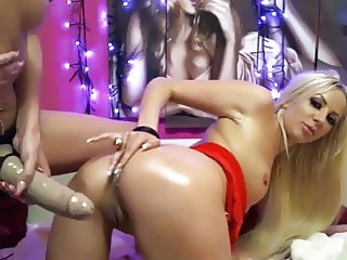 On WebCam 1584
