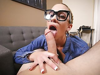 DadCrush - Khloe Kapri Gets Plowed by Stepdad
