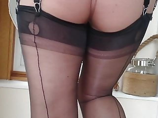 fully fashioned nylon teasing