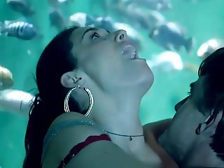Emmy Rossum Sex Against Large Aquarium In Shameless