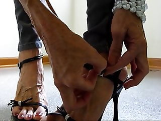 skinny pants bare foot sole tease