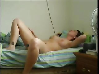 Very Hot Orgasm By A Virbating Wife