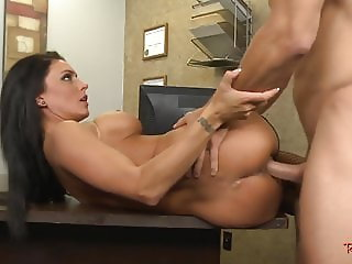 Pussyfucked stepmom sucks cock in the office