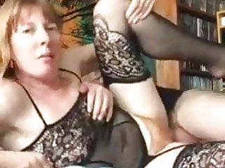Milf fucked with creampie.