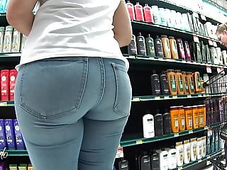 supermarket tight jeans culona