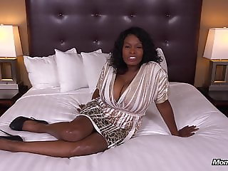 Curvy Ebony Milf Has All Natural Big Black Tits HD Fuck Film